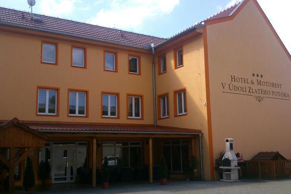 Hotel & Motorest V Údolí Zlatého potoka foto 2