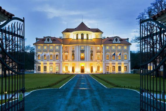Zámecký hotel Liblice - konferenční centrum AV ČR foto 2