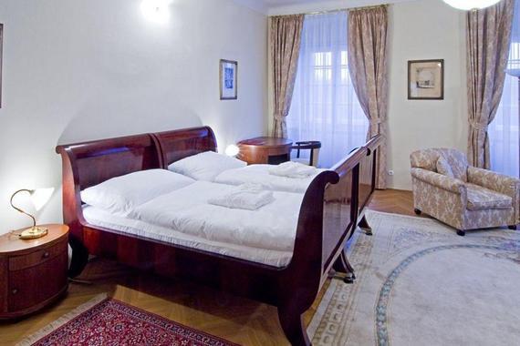 Zámecký hotel Liblice - konferenční centrum AV ČR foto 6