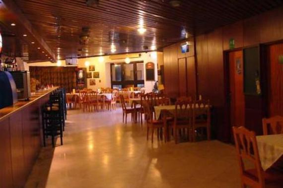 Velký bar společenského sálu Hotelu Park