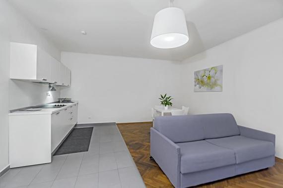 Kuchyně s jídelnou a obývacím prostorem