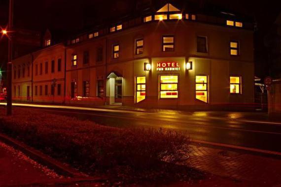Hotel pod radnicí foto 1