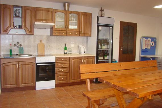 Kuchyňka u pergoly