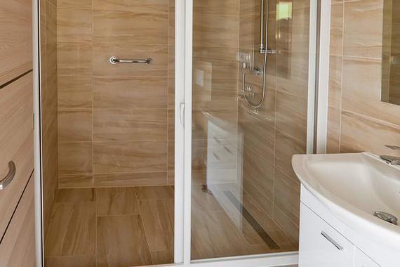 Sprchový kout (stejné v apartmánech 3,4 a 5)