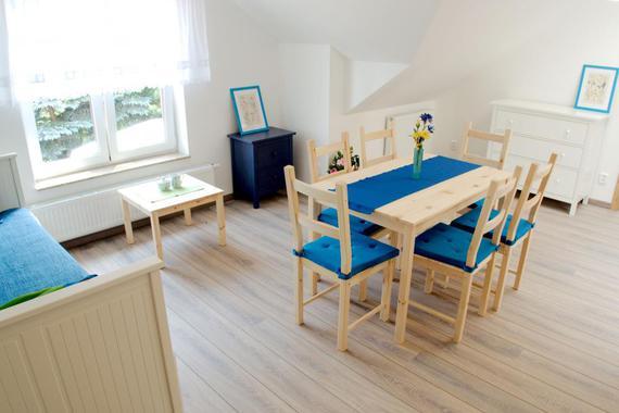 Jídelní a obývací část apartmánu