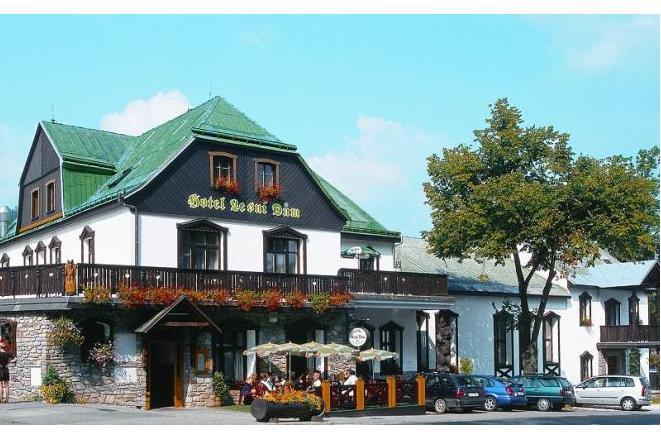 Hotel Lesní Dům foto 1
