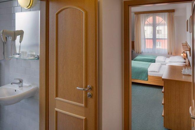 Hotel Otar foto 4
