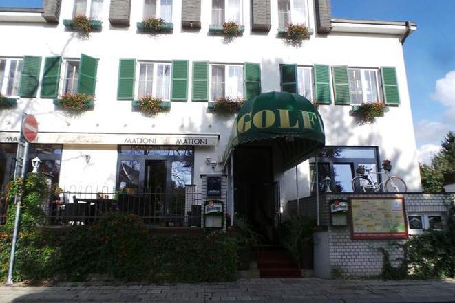 Hotel GOLFI foto 1