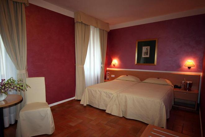 Hotel ROMA foto 6