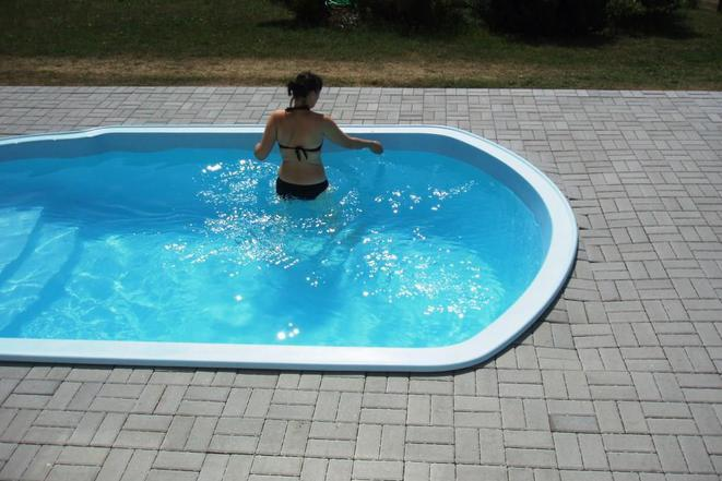 Bazén u domku Smrž
