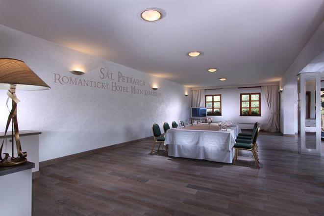Konferenční sál Petrarca