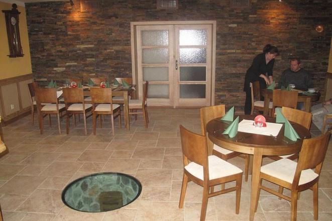 Restaurace - penzion Na Mýtě foto 2