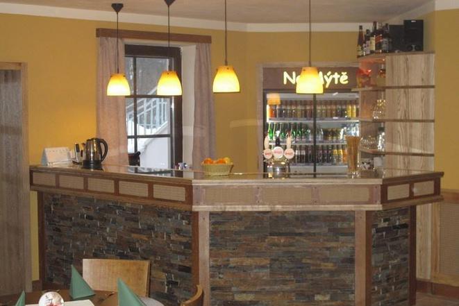 Restaurace - penzion Na Mýtě foto 3