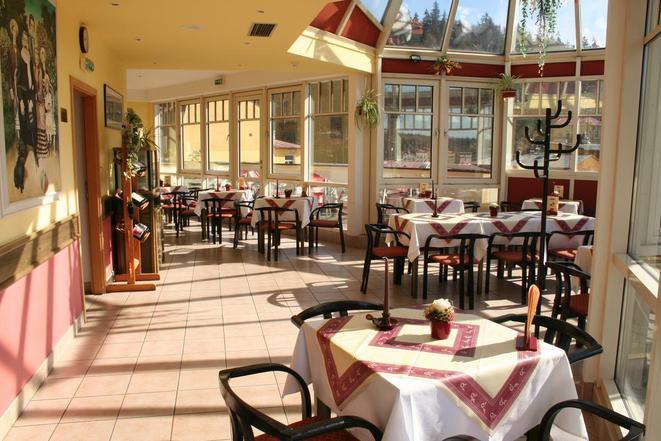 ***Hotel Flora  foto 2