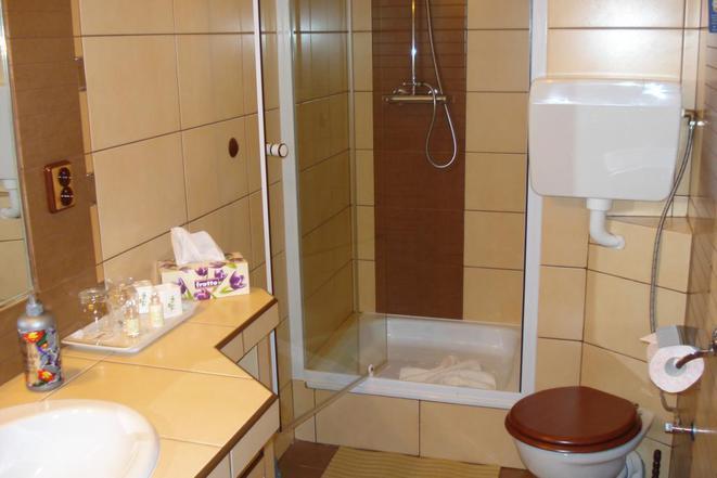 apartmá-sprcha+WC